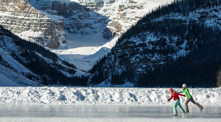 Les patinoires extérieures au Canada