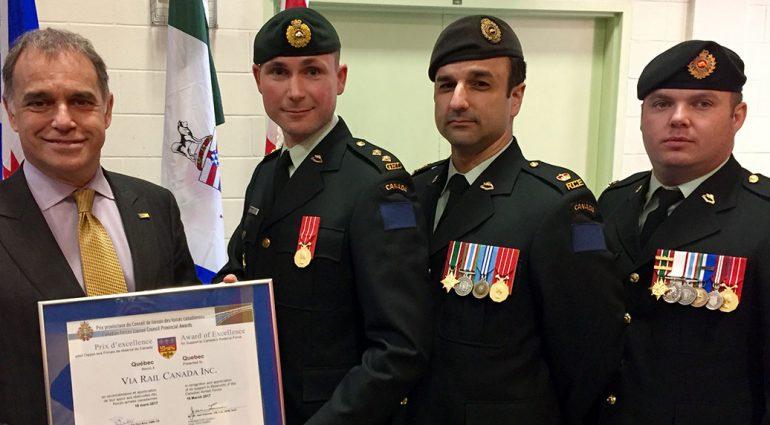PLACE AUX RÉSERVISTES DES FORCES ARMÉES CANADIENNES
